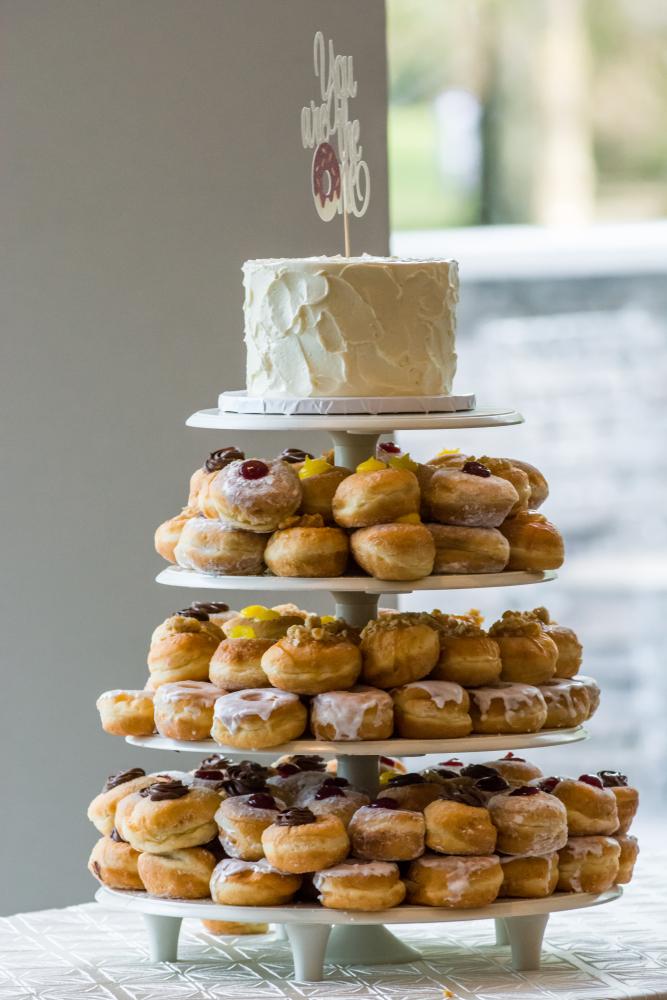 Hochzeitstrend Donut-Torte